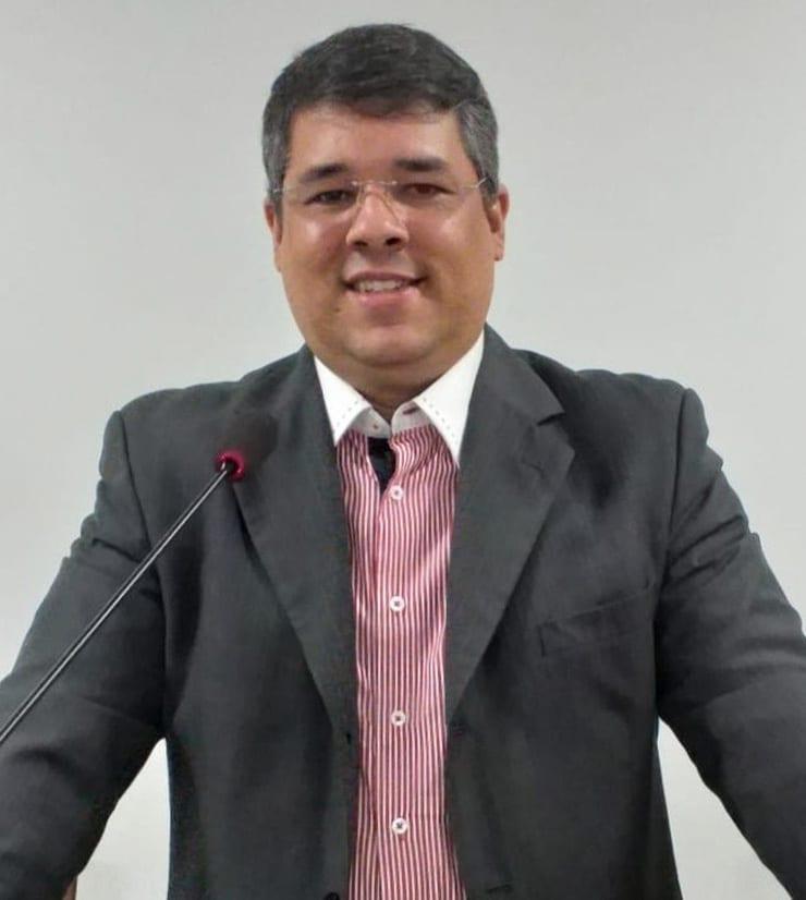 Rev. Ms. Fúlvio Anderson Pereira Leite