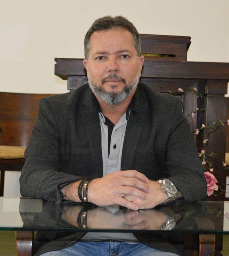 Rev. Dr. José Roberto de Souza