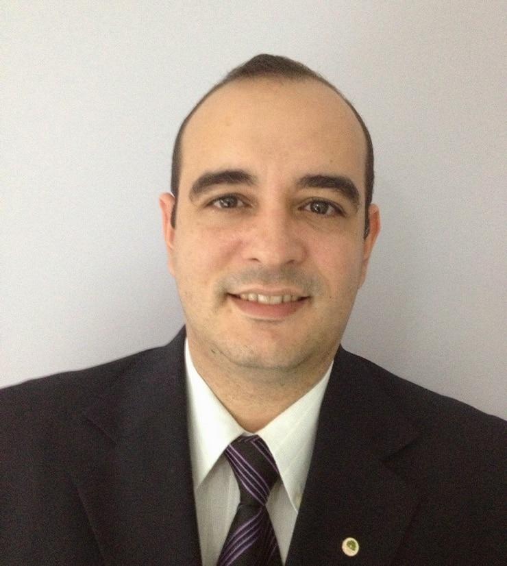 Presbítero Advo. Frank de Melo Penha